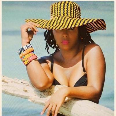 Lady Sweety, chanteuse et créatrice de la marque d'accessoires mode ethique et chic, FET A KAZ.
